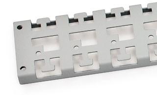 """Triton 19""""zbh. Kabelführungsleiste für den Rahmen, T 900mm, L"""