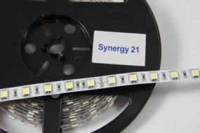Synergy 21 LED Flex Strip warmweiß DC12V 24W IP20