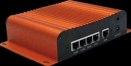Plustek SLIM Netzwerk-Videorecorder 4 IP-Cameras Pro