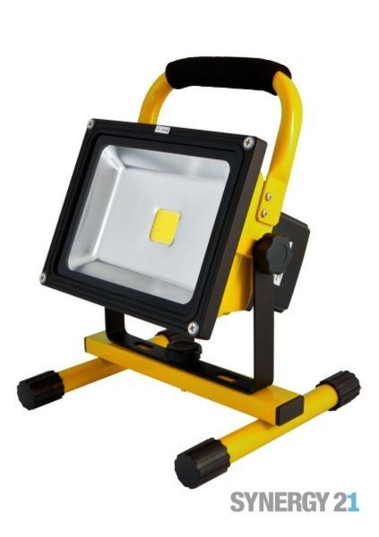 Synergy 21 LED AKKU Baustrahler 20W gelb/kaltweiß